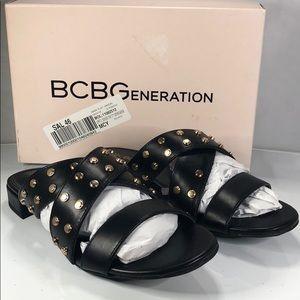 [167] BCBGeneration 10 M Dana Flat Sandals